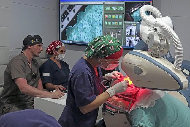 implante capilar robotico